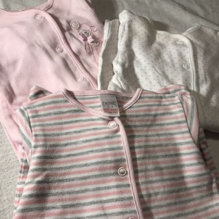 0-1 Month Next Sleepsuits
